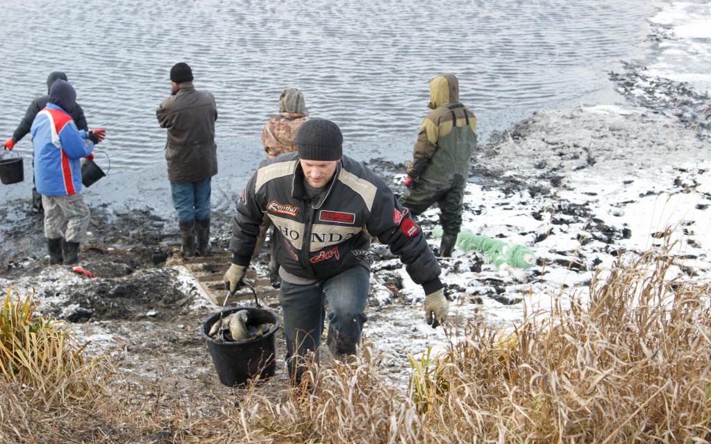 рыбалка на монастырском